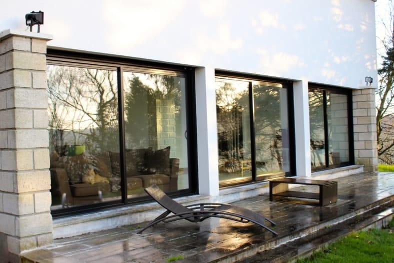 fen tre alu ou aluminium et menuiseries k line. Black Bedroom Furniture Sets. Home Design Ideas