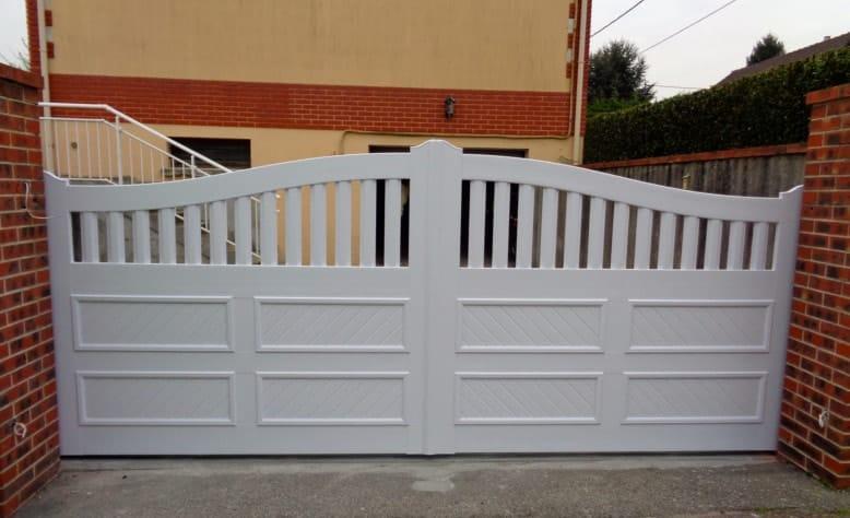 pose et installation de portails et de portillons en alu rouen. Black Bedroom Furniture Sets. Home Design Ideas