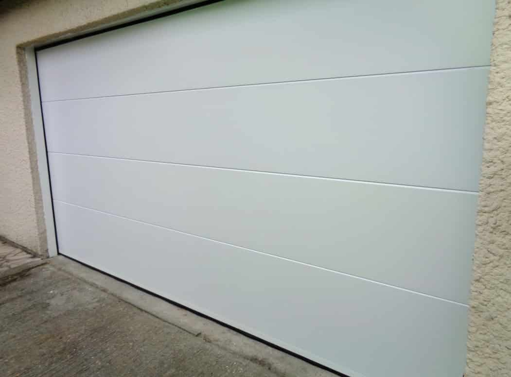 Installation de porte de garage sectionnelle et mod les for K par k porte de garage